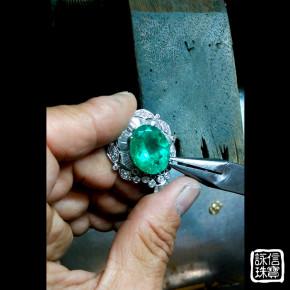 珠寶維修-現場拆寶石、鑲寶石