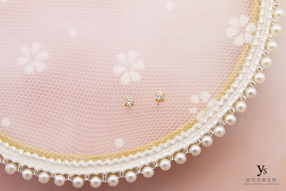 單鑽黃金耳環