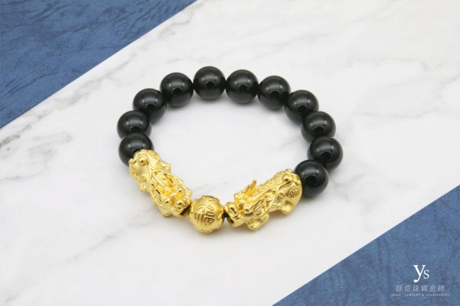 黑瑪瑙雙黃金貔貅手珠