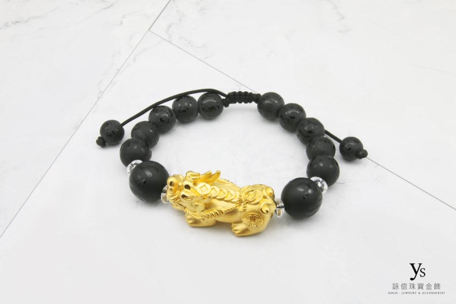 黑瑪瑙超大黃金貔貅手珠